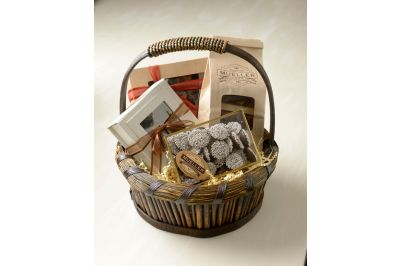 Mueller's Favorites Gift Basket